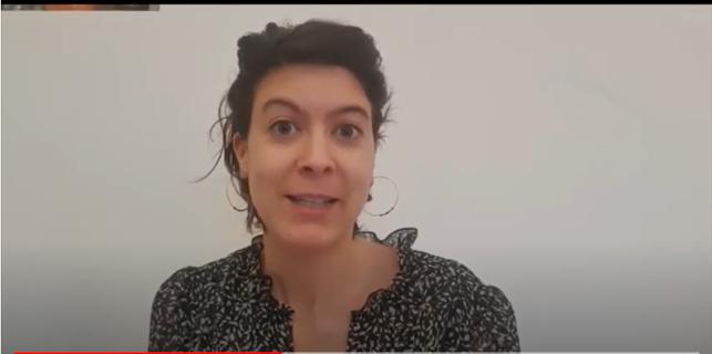 Nina vous explique dans cette vidéo comment elle s'est organisée avec son prestataire de santé à domicile.